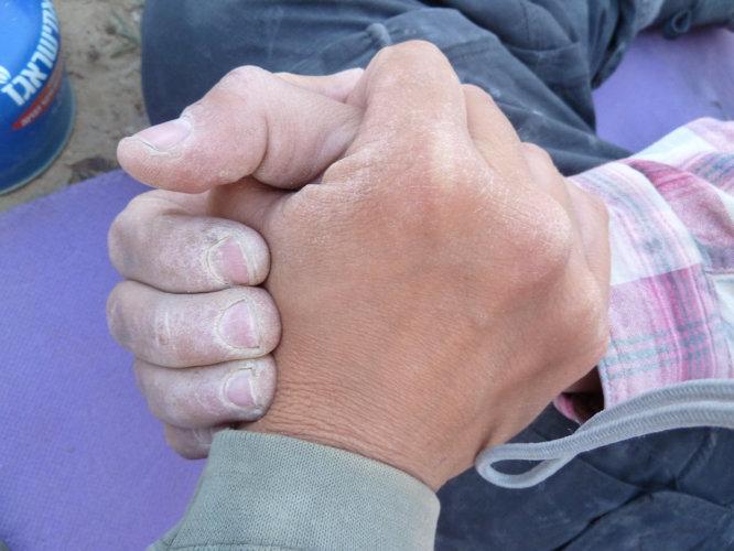 ladyvirtual-potreseni-rukou-dlouhodoba-spoluprace